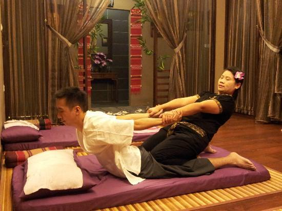 thaimassage alvik thai massage song