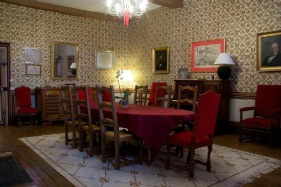 Chateau d'Autigny-la-Tour: Salle haute