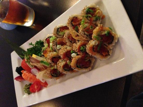Tatsu Japanese Bistro : Spicy Tuna with Brown Rice