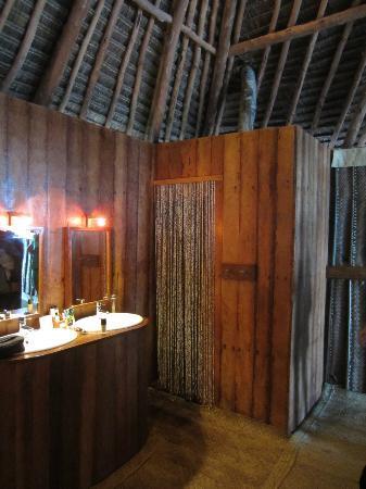 Matemwe Bandas Boutique Hotel, Zanzibar: Bad und Dusche
