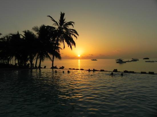 Club Med Kani: Tramonto Maldive