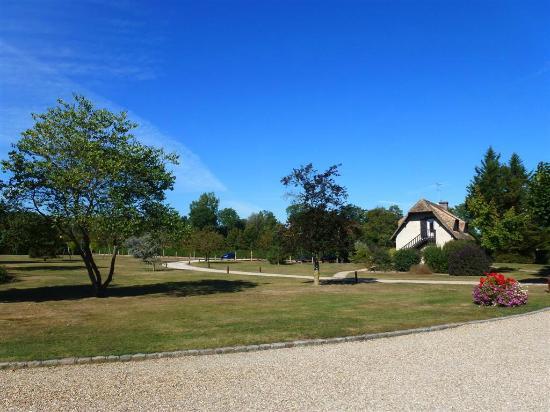 Le Moulin du Bechet : Paisagem Belíssima e quartos pequenos