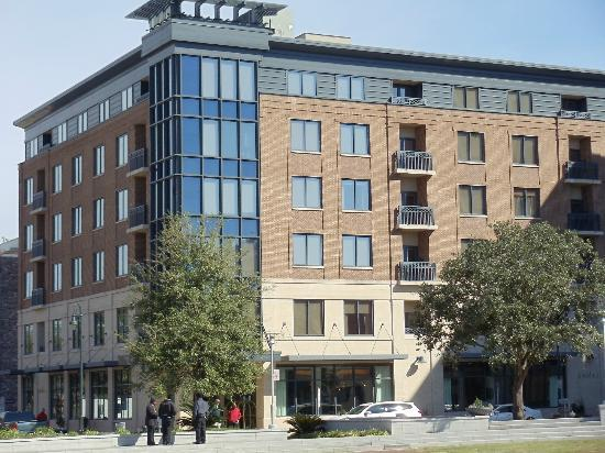 Andaz Savannah: Hotel from Ellis Square