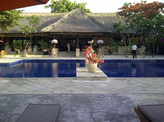 Mercure Resort Sanur: Pool 1 -- So so 1/4 Olmypic Size