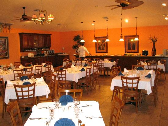 Cayman Brac Beach Resort: dining area