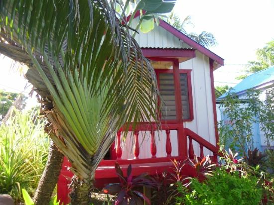 Garden Cabanas: Outside Red Cabana