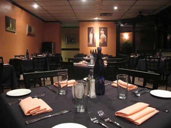 Ristorante La Piazza: Dining room