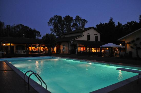 Agriturismo Sabaudia: la piscina