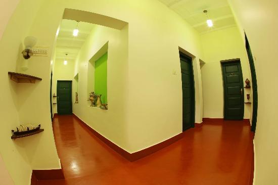 Elphinstone Residency : Corridor
