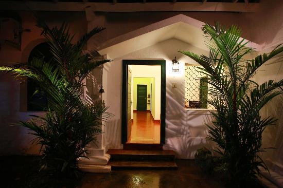 Elphinstone Residency : Reception Area & Corridor