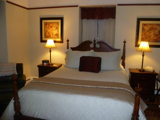 Inn On Carleton: Comfortable Beds