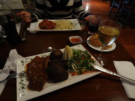 La Casona Restaurante-Cafe: The mains as part of the set menu lunch