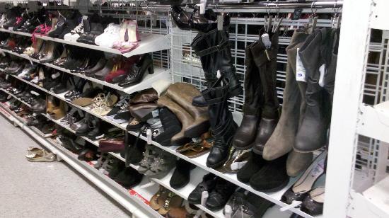 The Florida Mall : Calzado en Ross, a precios irrisorios