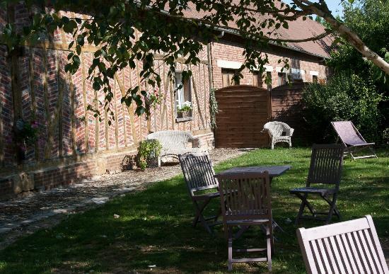 Jumel, France: les chambres d'hotes St Nicolas