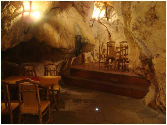 Restoran Pecina: private separe in the Cave Restaurant