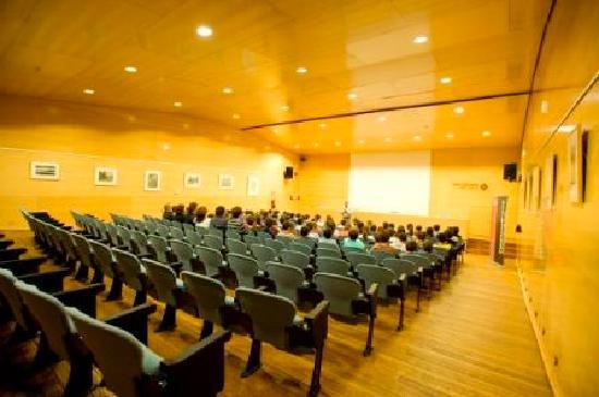 MonNatura Pirineus: Auditorio
