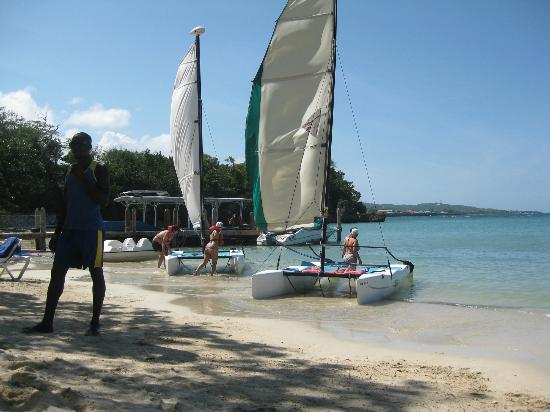 Grand Palladium Jamaica Resort & Spa: Hobie Cats at Sunset Cove