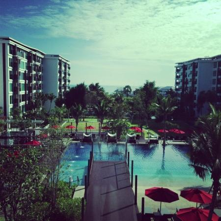 Amari Hua Hin: view from the lift window