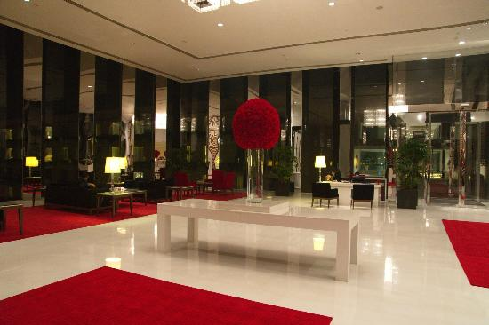 The Oberoi, Gurgaon: Le lobby