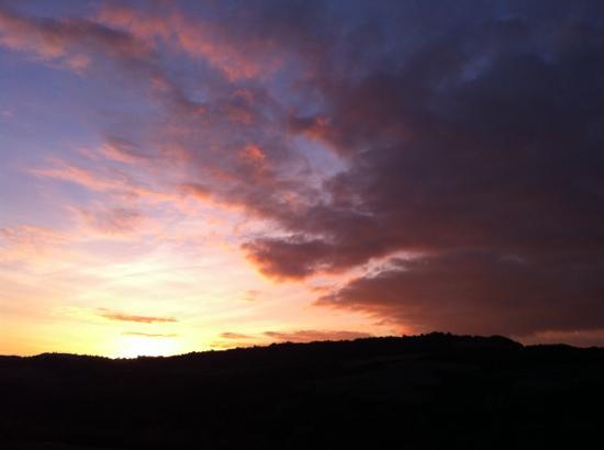 Agriturismo Pian di Meta Vecchia: tramonto da pian di meta vecchia