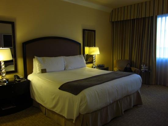 The Beverly Hilton: our comfortable room