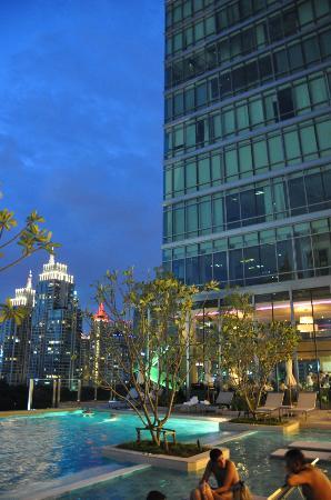 Sivatel Bangkok: View from Hotel