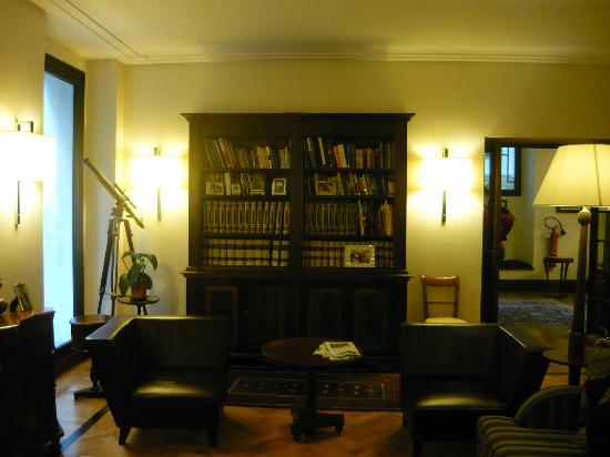 Relais 6: One of the many sitting areas