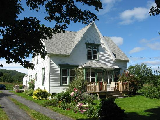 Croft House Bed & Breakfast: Front view