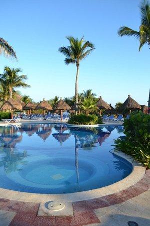 Luxury Bahia Principe Akumal Don Pablo Collection: Akumal quiet pool