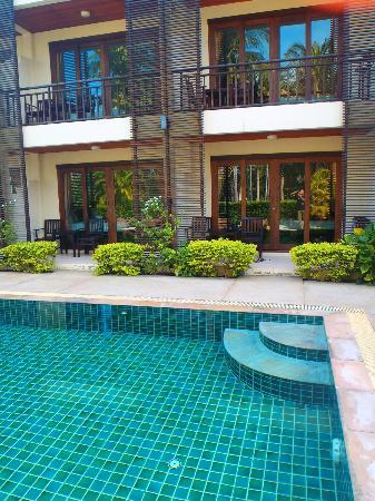Ampha Place Hotel : Hotel trés agréable et calme