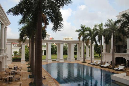 Indochine Palace: Nice pool!