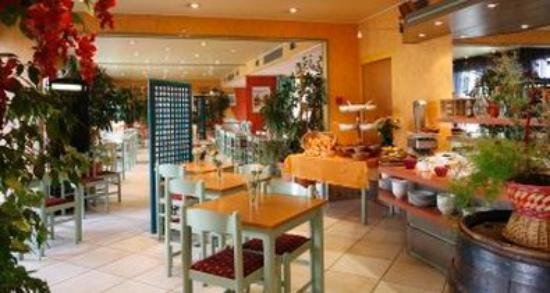 Inter-Hotel Armony : Breakfast Room