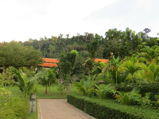 Khaolak Laguna Resort: Hotel Grounds