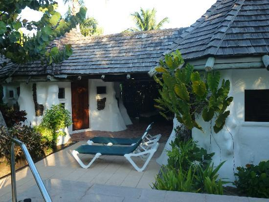 Galley Bay Resort: Gaugin Cottage No 18