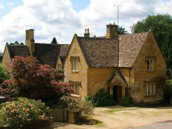 Cotswold Stone House Picture Of Batsford Arboretum