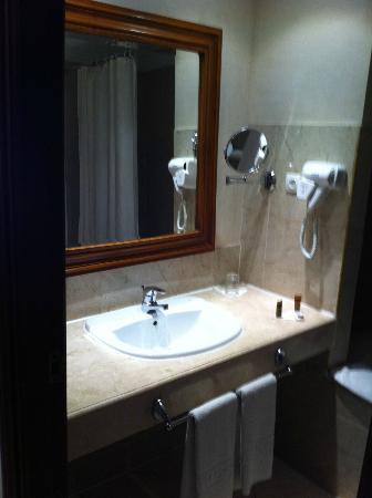 Ryad Mogador Kasbah: Oda Banyo