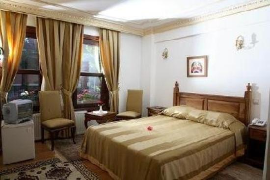 Hippodrome Hotel: Double room
