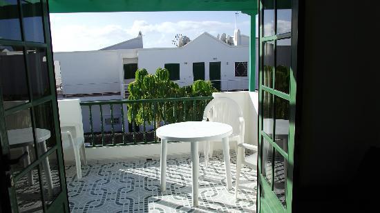 Apartamentos Aloe : balcony