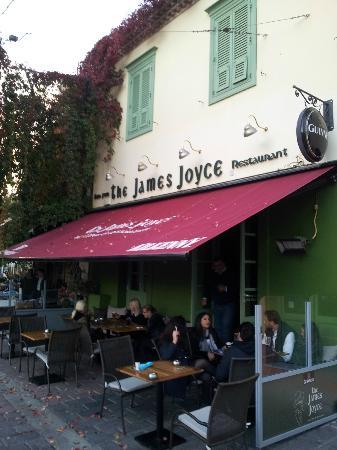 The James Joyce: Outdoor in late autumn