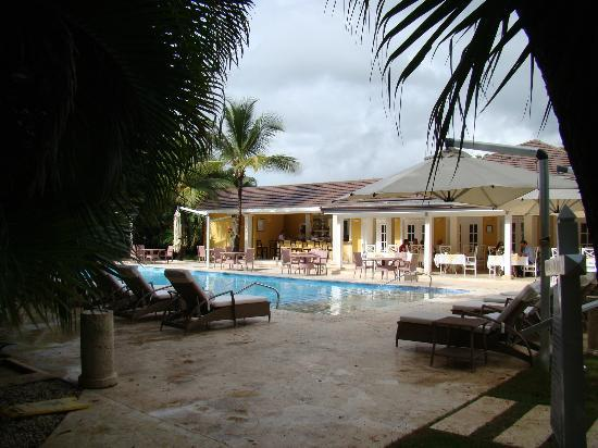 Tortuga Bay, Puntacana Resort & Club: Pool/Breakfast/Lunch area