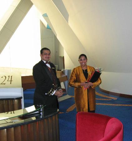 Burj Al Arab Jumeirah: Personal Butler & Private Receptionist!