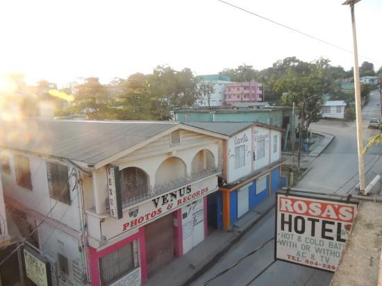 Rosa's Hotel: View from balcony