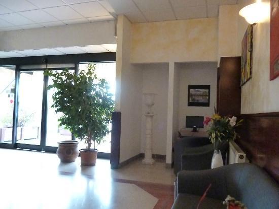 Arcadia Hotel: internet area