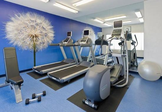 SpringHill Suites Phoenix North: Fitness Center