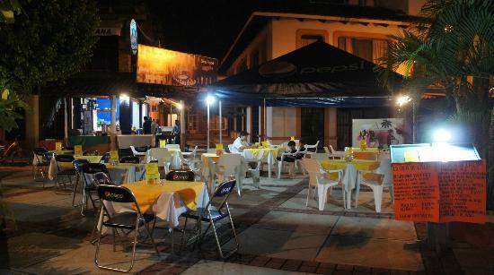 """Quique's Place: Restaurant """"La casa de Lalo"""""""