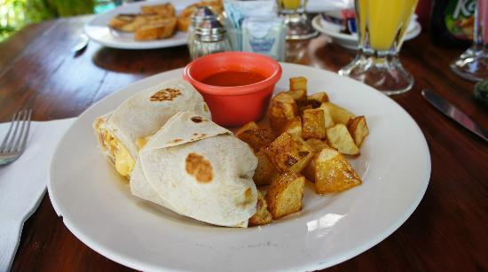 Deborah's Restaurant: Canadian burritos