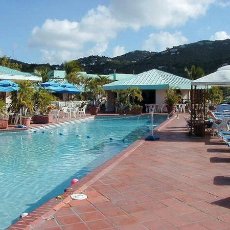 Magens Point Resort: Pool