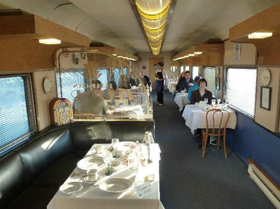 Red Caboose Getaway: Breakfast dining car