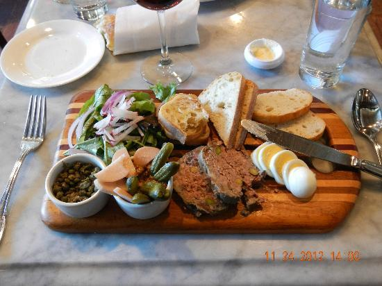 Brasserie du Soleil : My Pate' with boiled eggs, capers, and onions added.