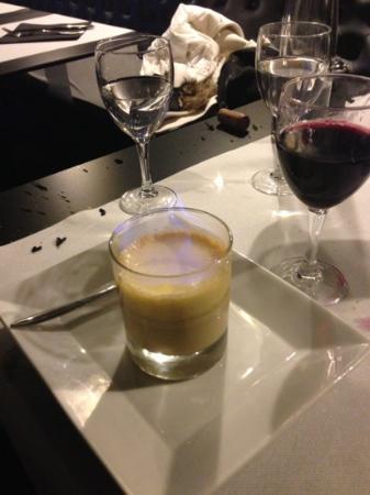 VO Lounge Restaurant